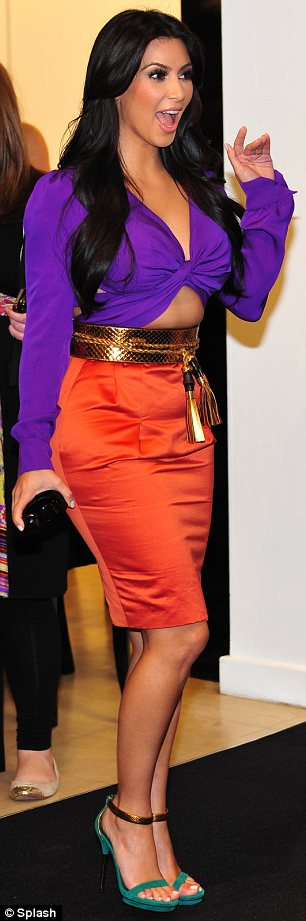 Orange and purple a fashion combination made in celeb - Purple and red go together ...